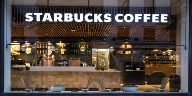 Starbucks too suspends ads